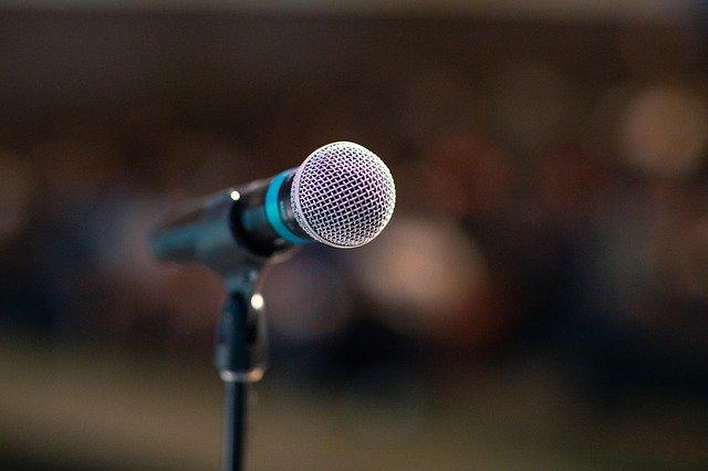 קורס דיבור מול קהל