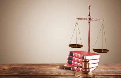 7 עובדות שיעזרו לך להחליט אם לימודי משפטים מתאימים לך