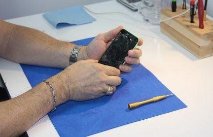 מה לומדים בקורס טכנאי סלולר ולמי הוא מתאים?